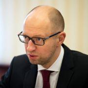 Krisensitzung in Kiews Parlament: Bleibt Regierungschef Jazenjuk? (Foto)