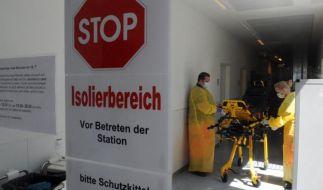 Ebola-Patient aus Sierra Leone könnte in Hamburg behandelt werden (Foto)