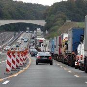 Unfall in der Autobahnbaustelle: Mithaftung für Überholende (Foto)
