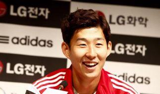 Leverkusen von zahlreichen Fans in Südkorea empfangen (Foto)