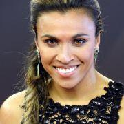 Brasilien-Star Marta will Schwedin werden (Foto)