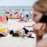 Vor dem Urlaub Nummern notieren und Daten sichern (Foto)