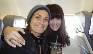 Glückliche Auswanderer: Nadine Angerer (links) mit Freundin Magda. (Foto)