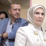 Türkische Frauen sollen nicht öffentlich lachen (Foto)