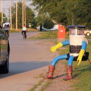 «HitchBot» auf großer Fahrt: Ein Roboter trampt durch Kanada (Foto)