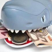 Zusatzkosten können Kreditkarten teuer machen (Foto)