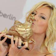 Ein Küsschen für die Henne: Helene Fischer.