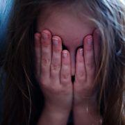 12 Stämme: Reporter im Kinderschänder-Sumpf (Foto)