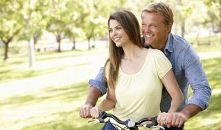 Lebenslust, Leistungskraft und Libido sind für Männer über 40 genauso wichtig wie in jüngeren Jahren. Doch ein Testosteronmangel kann die Lebensqualität einschränken. (Foto)