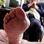 Dieser Chinese hat zwei rechte Füße! (Foto)