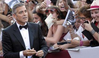 Geht der ewige Junggeselle George Clooney tatsächlich die Ehe ein? (Foto)