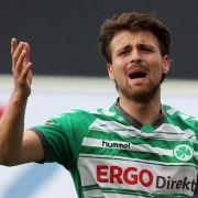 Fußball-Star durch Ampel schwer verletzt (Foto)
