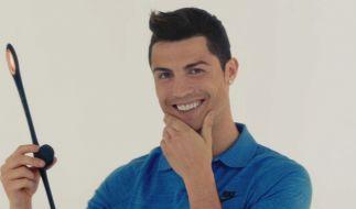 Christiano Ronaldo und das Gummiding. (Foto)