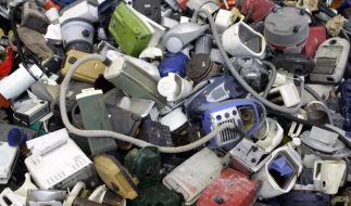Verbraucher sind oft verunsichert, wie Elektroschrott richtig zu entsorgen ist. (Foto)