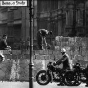 Nur jeder zweite Deutsche kennt das Datum des Mauerbaus (Foto)