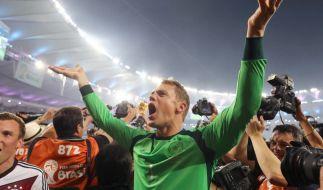 Er hält und hält. Manuel Neuer ist der beste Fußballer Deutschlands. (Foto)