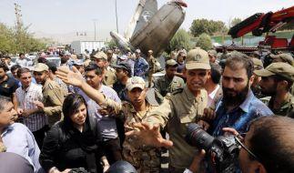 Dutzende Tote bei Flugzeugabsturz im Iran (Foto)
