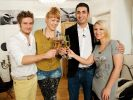 GZSZ-Stars Jörn Schlönvoigt (Philip), Ramona Dempsey (Nele), Mustafa Alin (Mesut) und IIris Mareike Steen (Lilly) kochen bei Das Perfekte Promi Dinner um die Wette. (Foto)