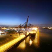 Hapag-Lloyd will alte Schiffe künftig selbst abwracken lassen (Foto)