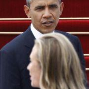 Clinton entschuldigt sich für Kritik an Obama (Foto)
