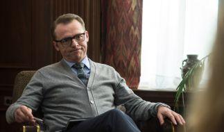 Psychiater Hector (Simon Pegg) ist reif für einen Tapetenwechsel. (Foto)