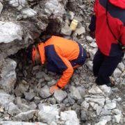Retter kommen mit verletztem Höhlenforscher voran (Foto)