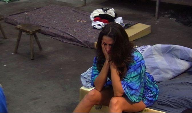 Doch wie schwer es unten sein kann, weiß Janina, die an Tag 2 bittere Tränen vergossen hat.
