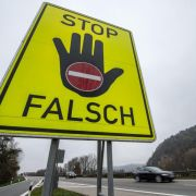 Dobrindt prüft Warnsystem gegen Geisterfahrer (Foto)