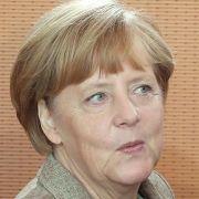 Merkel besucht Behörden der Katastrophenhilfe (Foto)