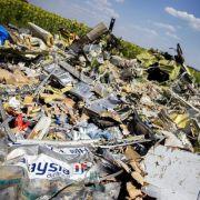 In der Ostukraine stürzte im Juli 2014 eine Boing 777 ab. Das Flugzeug der Malaysia Airlines wurde vermutlich von prorussischen Rebellen abgeschossen.