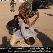 Verluste für IS-Terrormiliz bei Kämpfen um syrischen Flughafen (Foto)