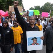 Hunderte trauern in St. Louis um getöteten Michael Brown (Foto)
