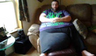 Dan Maurer leidet an Skrotalelephantiasis, weshalb seine Hoden inzwischen 45 Kilogramm wiegen. (Foto)