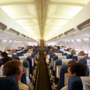 Müffelnder Passagier aus Flugzeug geworfen (Foto)