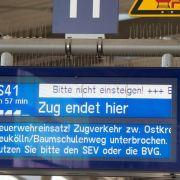 Brandanschlag legt Berliner S-Bahn-Verkehr lahm (Foto)