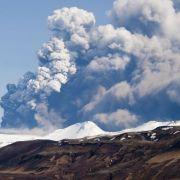 Deutschland rüstet sich für mögliche Aschewolke aus Island (Foto)