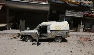 Fast die Hälfte aller Syrer auf der Flucht (Foto)