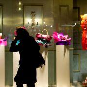 Konsumforscher: Krisen vermiesen Deutschen nicht die Kauflaune (Foto)