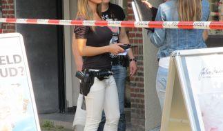 Von dieser Polizistin würden sich viele Männer gern festnehmen lassen. (Foto)