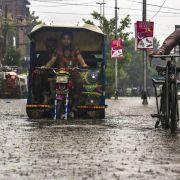 Mehr als 100 Tote durch Überflutungen in Pakistan (Foto)