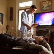 Johnny (Elijah Wood) hat nichts zu Lachen, als ihm der verärgerte Ehemann (Matt Dillon) mit ausgeklügelter Angeltechnik zum Reden zwingt.