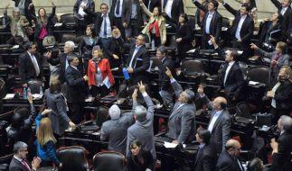 Schuldenstreit: Argentinien will US-Urteil durch Gesetz umgehen (Foto)