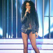 Stimmgewaltig! Inka Bause als sexy Cher (Foto)
