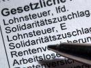 Bei Neuordnung von Finanzen und «Soli» keine Steuererhöhung (Foto)