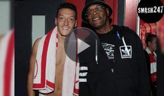 Wer ist da Fan von wem? Fußballer Mesut Özil und Schauspieler Samuel L. Jackson. (Foto)