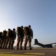 Erste Waffenausbilder der Bundeswehr in den Nordirak gestartet (Foto)