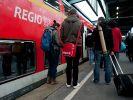 Bei Berlin wurde eine Familie in der Regionalbahn von Jugendlichen brutal zusammengeschlagen. (Foto)