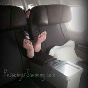 Facebook-Profil entlarvt Fluggäste des Grauens (Foto)