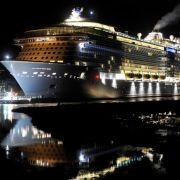 Kreuzfahrtriese erreicht Nordsee ohne Probleme (Foto)