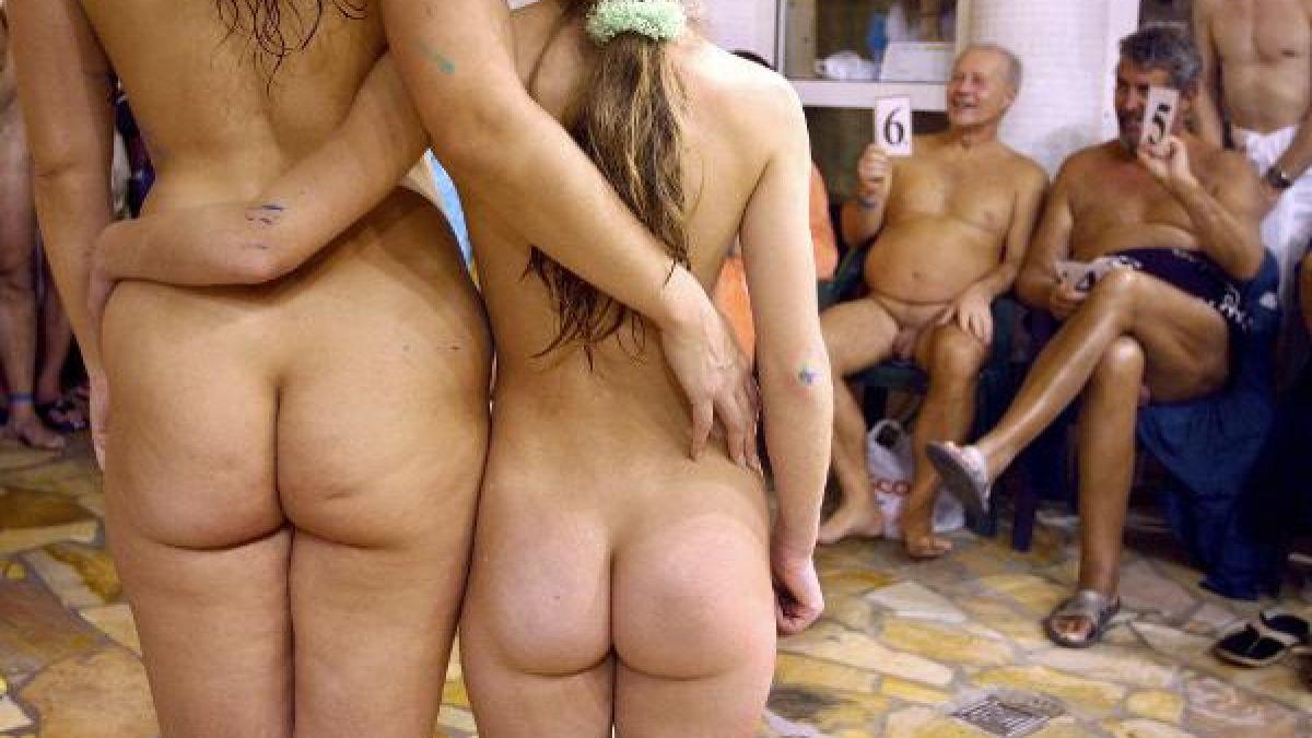 nackten weiblichen mitbewohner